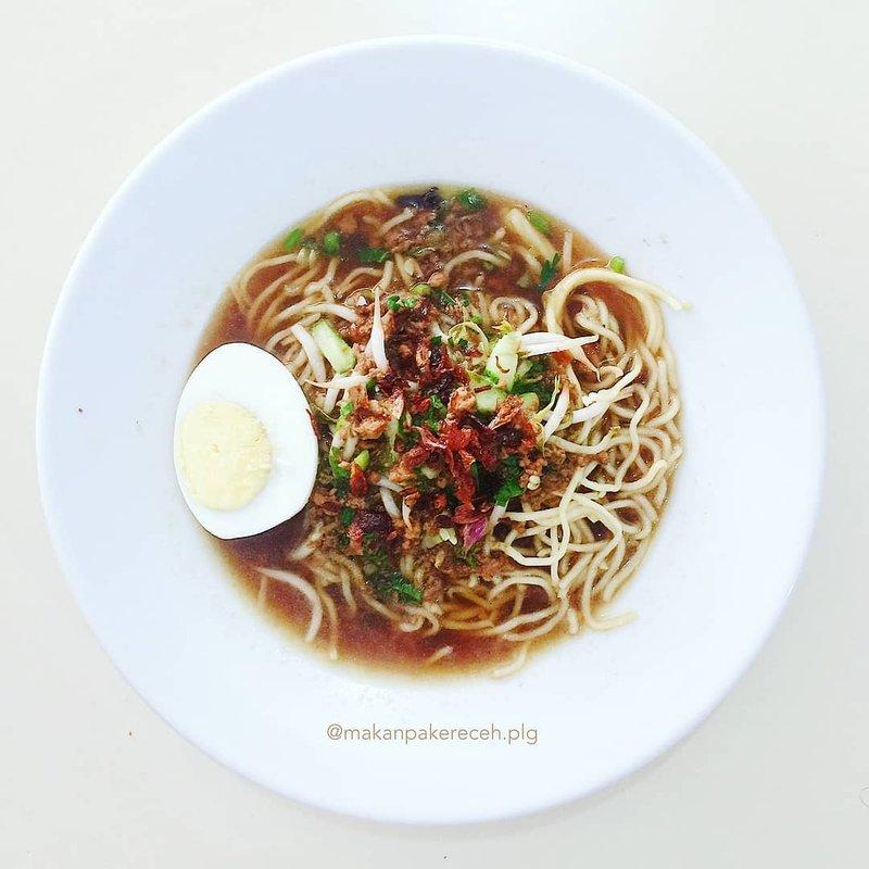 makanan khas Bangka Belitung-mie koba.jpg