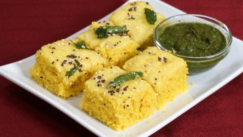 makanan khas India-dhokla.jpg