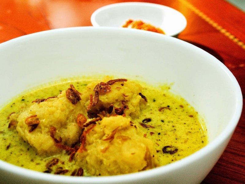 makanan khas Palembang-Celimpungan.jpg