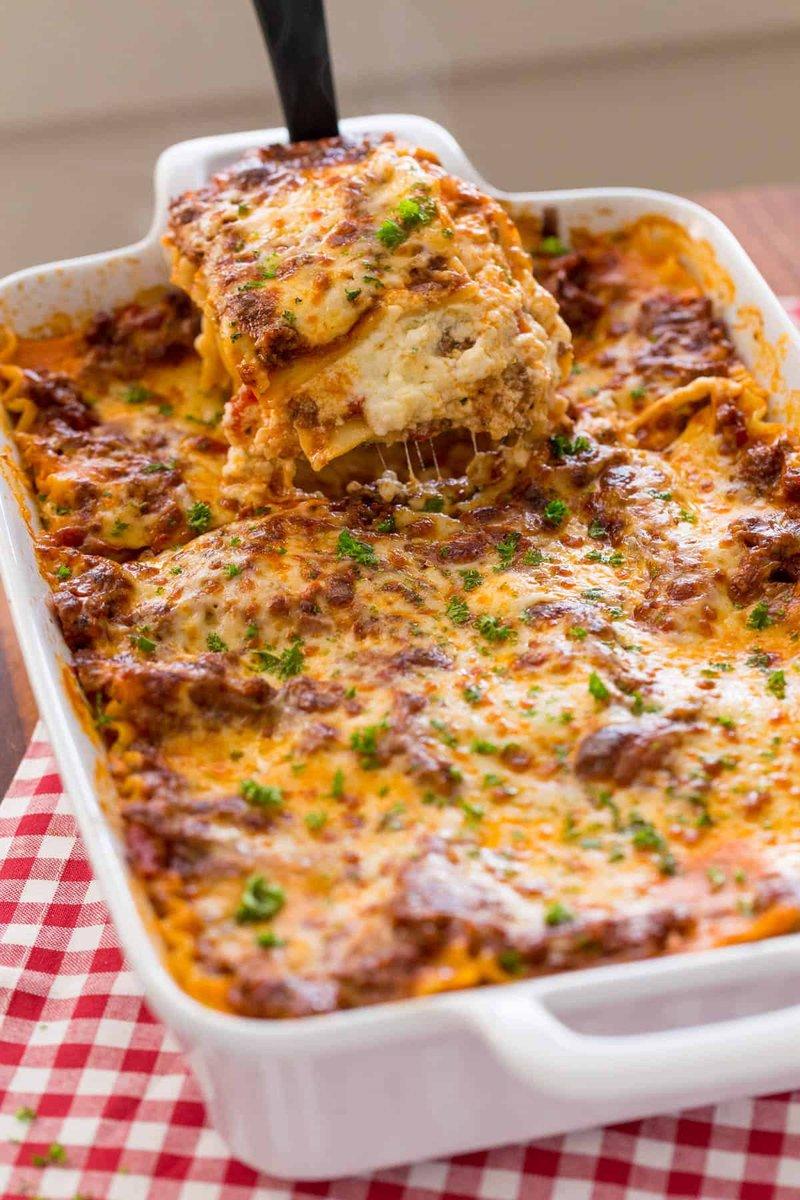 makanan khas italia-lasagna.jpg