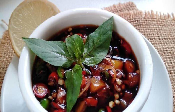 makanan khas maluku - Sambal Colo-Colo