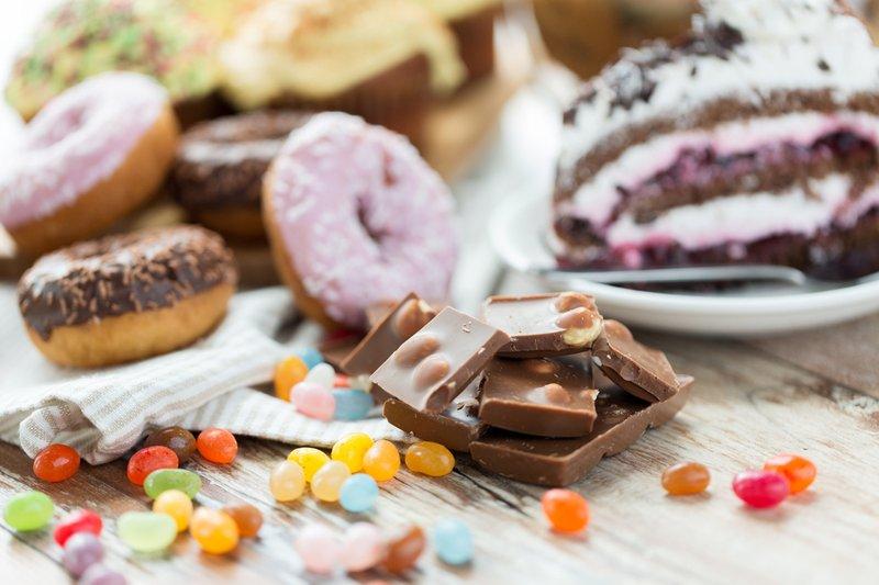cara mengatasi diare-hindari makanan manis