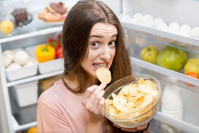 hindari makanan dengan kadar garam tinggi