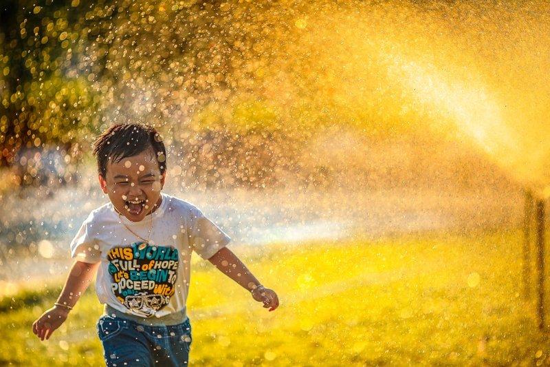 manfaat air kelapa bagi anak 3.jpeg