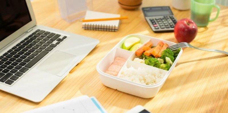 manfaat membawa bekal makan siang ftr