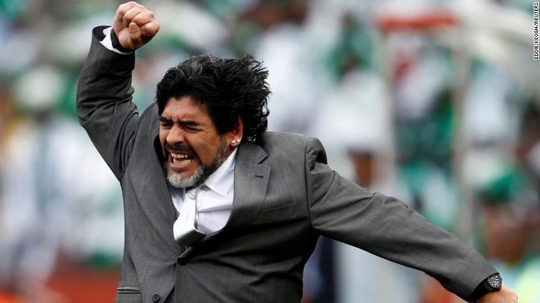 maradona meninggal 2-cnn.jpg