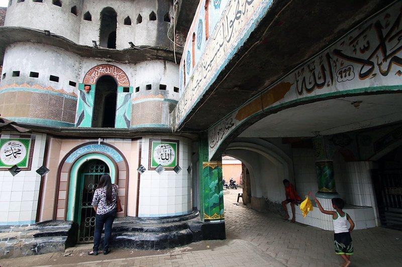 masjid pintu seribu.jpg
