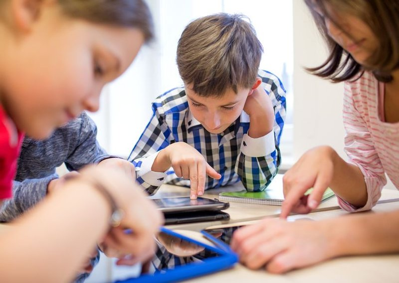 anak mengalami stress di sekolah