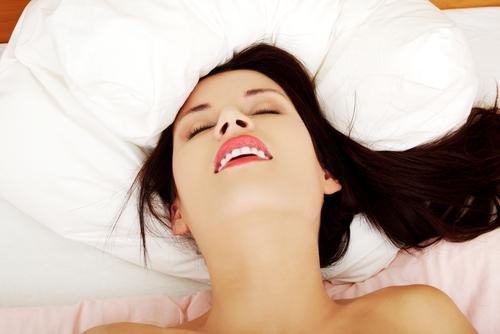 Ini Pengertian Tentang Orgasme Pada Perempuan yang Sebenarnya, Moms Wajib Tahu!