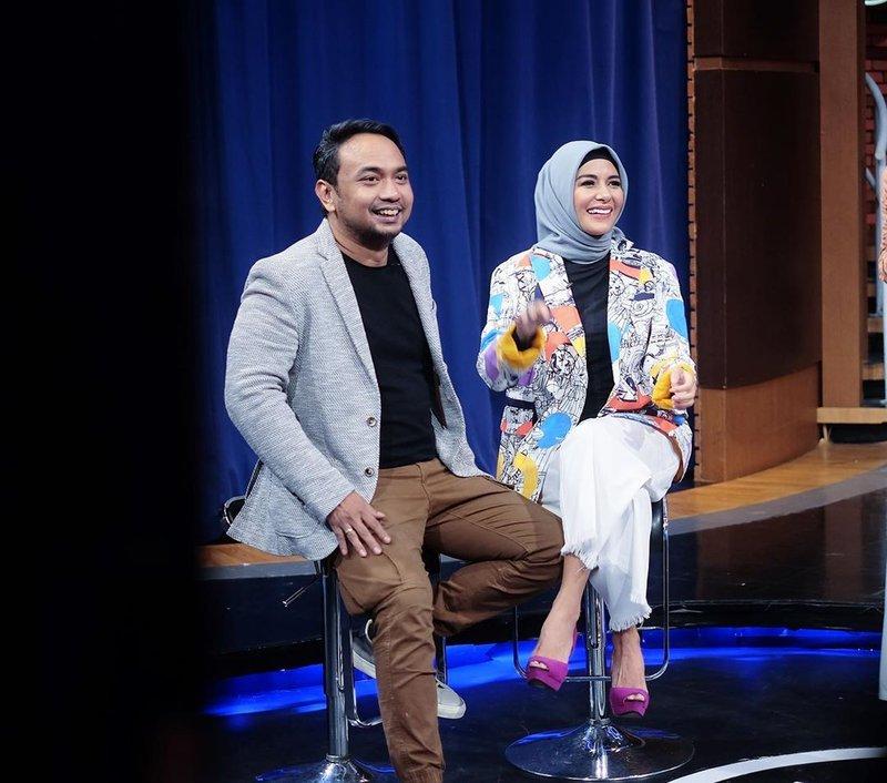 meisya siregar hijab-2.jpg
