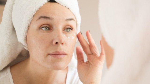 eye cream untuk skincare malam