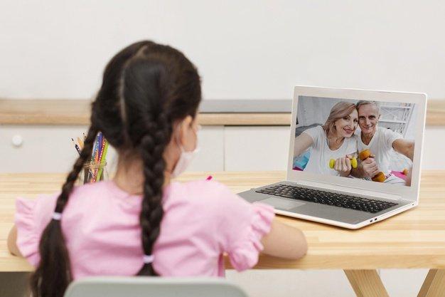 mengenalkan sejarah internet pada anak 4.jpg