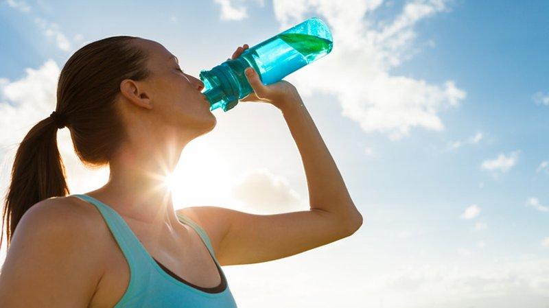 minuman yang dilarang untuk ibu hamil-minuman energi