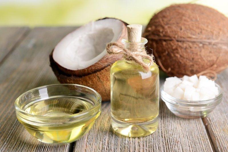 kandungan terbaik dalam sampo-minyak kelapa