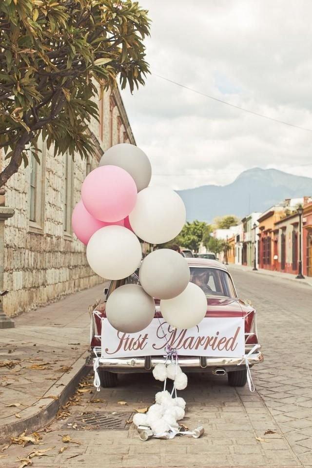 mobil pengantin hiasan balon.jpg