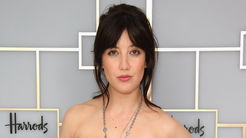 model daisy lowe
