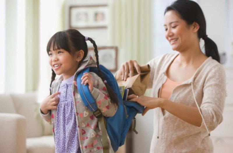 mom-and-school-kid.jpg