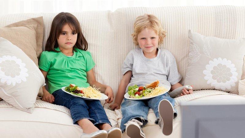 moms, hindari 5 kesalahan dalam memberi makan balita ini 4