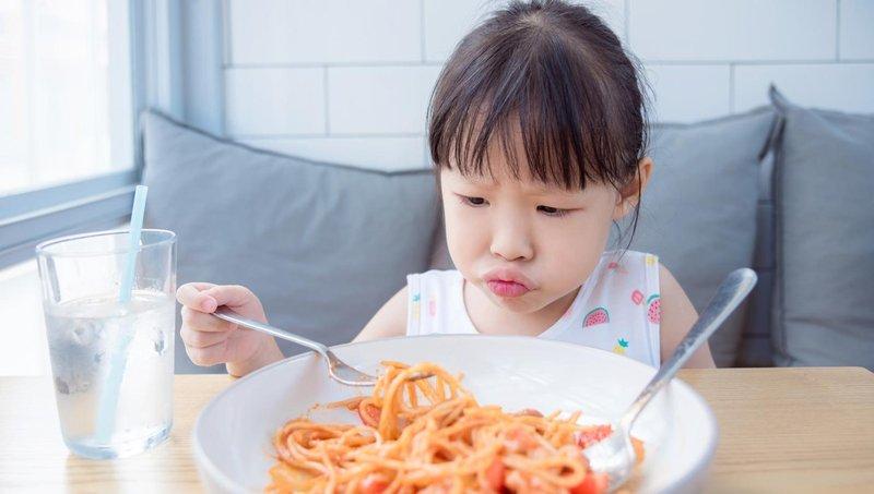 moms, hindari 5 kesalahan dalam memberi makan balita ini 2