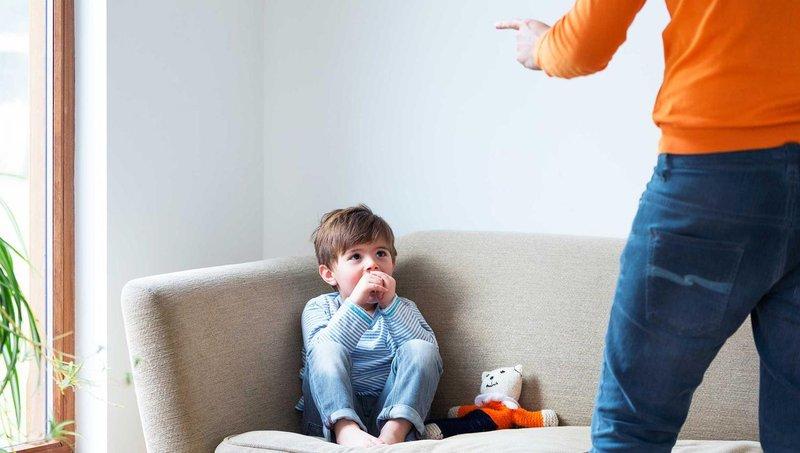 moms, hindari melakukan 7 hal yang bisa meruntuhkan harga diri balita ini 1
