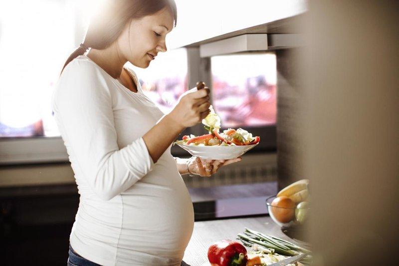 menghilangkan mual saat hamil