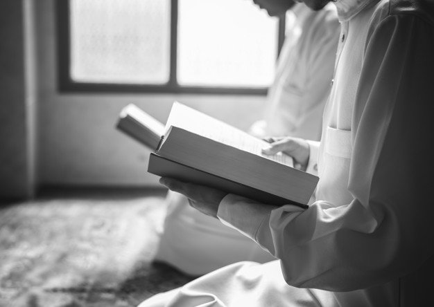 tata cara pindah rumah menurut islam - mengaji dan solawat
