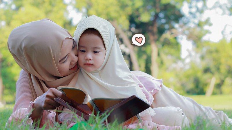 10 Rangkaian Nama Bayi Perempuan dalam Alquran 3 Kata, Cantik!