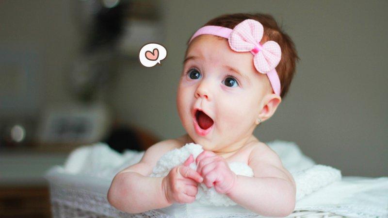 bayi perempuan