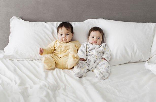 nama bayi kembar laki-laki islam -1.jpg