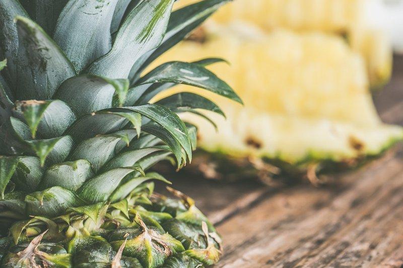 nanas, buah yang aman dikonsumsi saat balita batuk.jpg