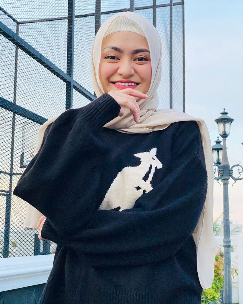 natalie hijab 2.jpg