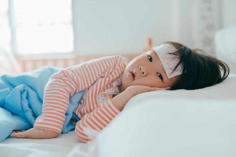 Moms, Ini Penyebab, Gejala, dan Cara Mengobati Radang Amandel pada Si Kecil