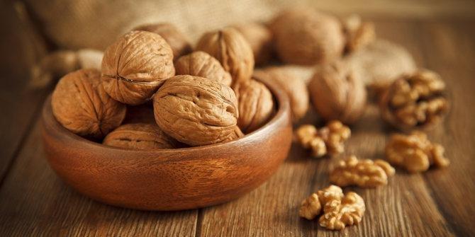 ngemil kacang kenari rahasia langsing yang patut dicoba