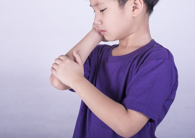 gejala dbd pada anak - nyeri sendi.jpg