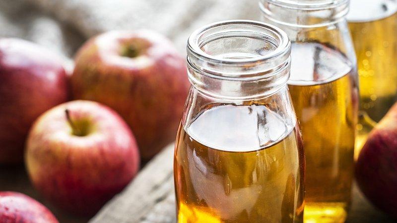 obat gatal alami untuk selangkangan - cuka apel.jpg