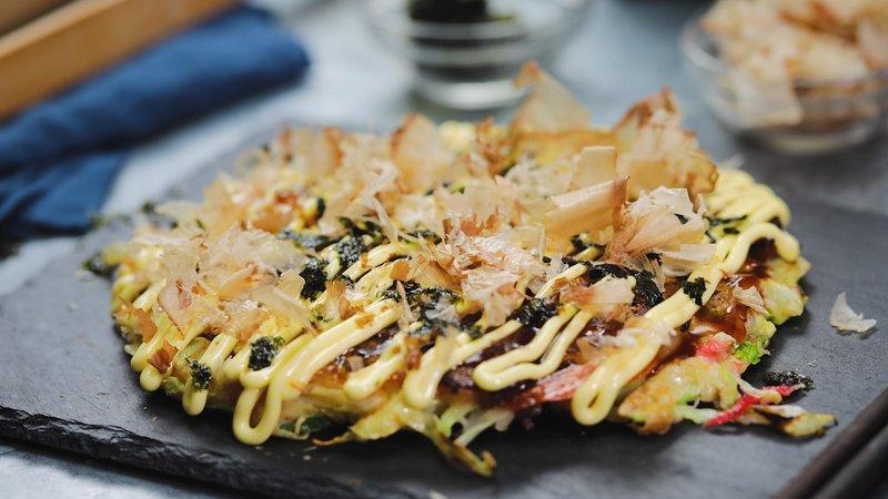 okonomiyaki makanan jepang