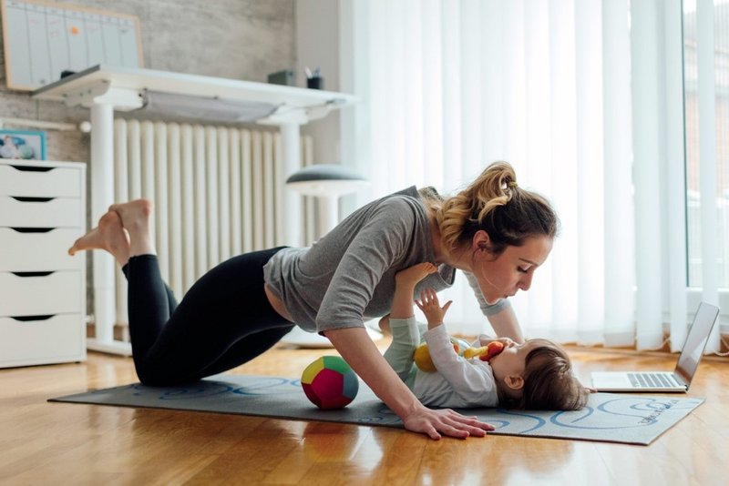 olahraga dengan bayi-1.jpg
