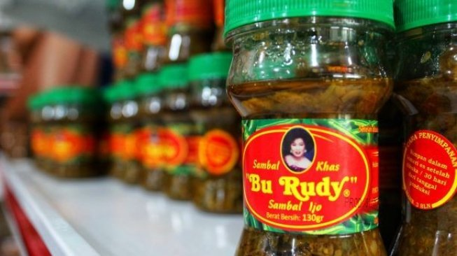 oleh-oleh paling populer di surabaya - sambal bu rudy.jpg