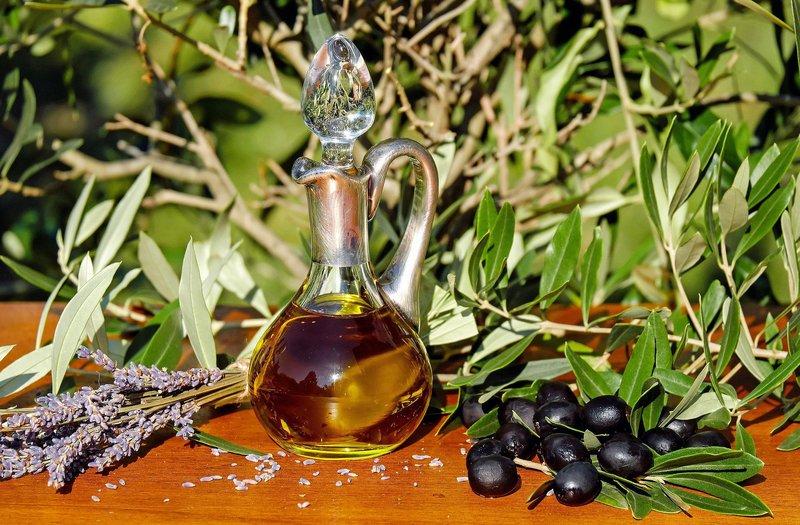 olive oil 1596417 1920