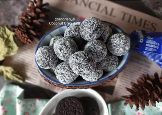 Oreo Coconut Balls