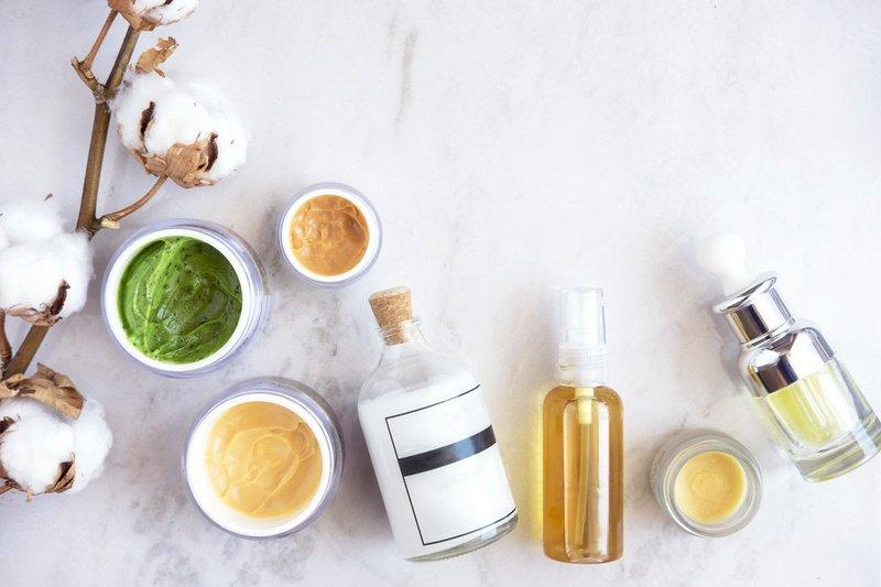 perbedaan produk natural dan organik