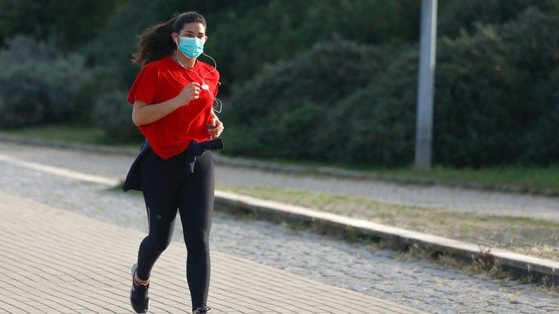 pakai masker saat olahraga-1.jpg