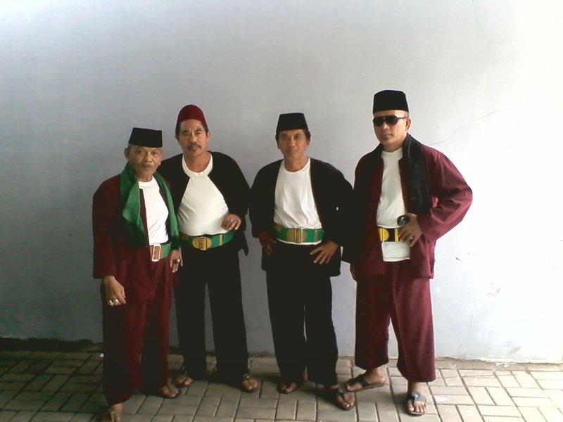 pakaian adat betawi - pangsi
