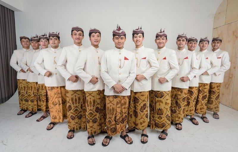 pakaian adat jawa timur- odheng
