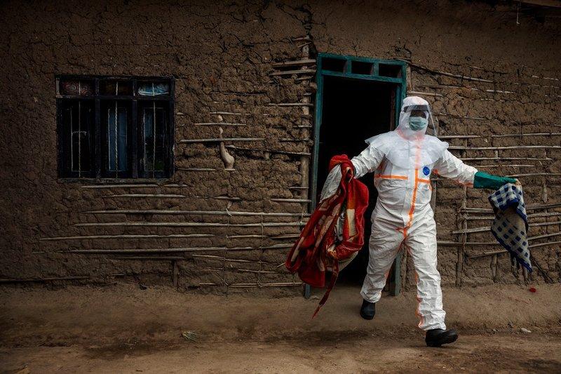 pandemi di dunia-ebola.jpg