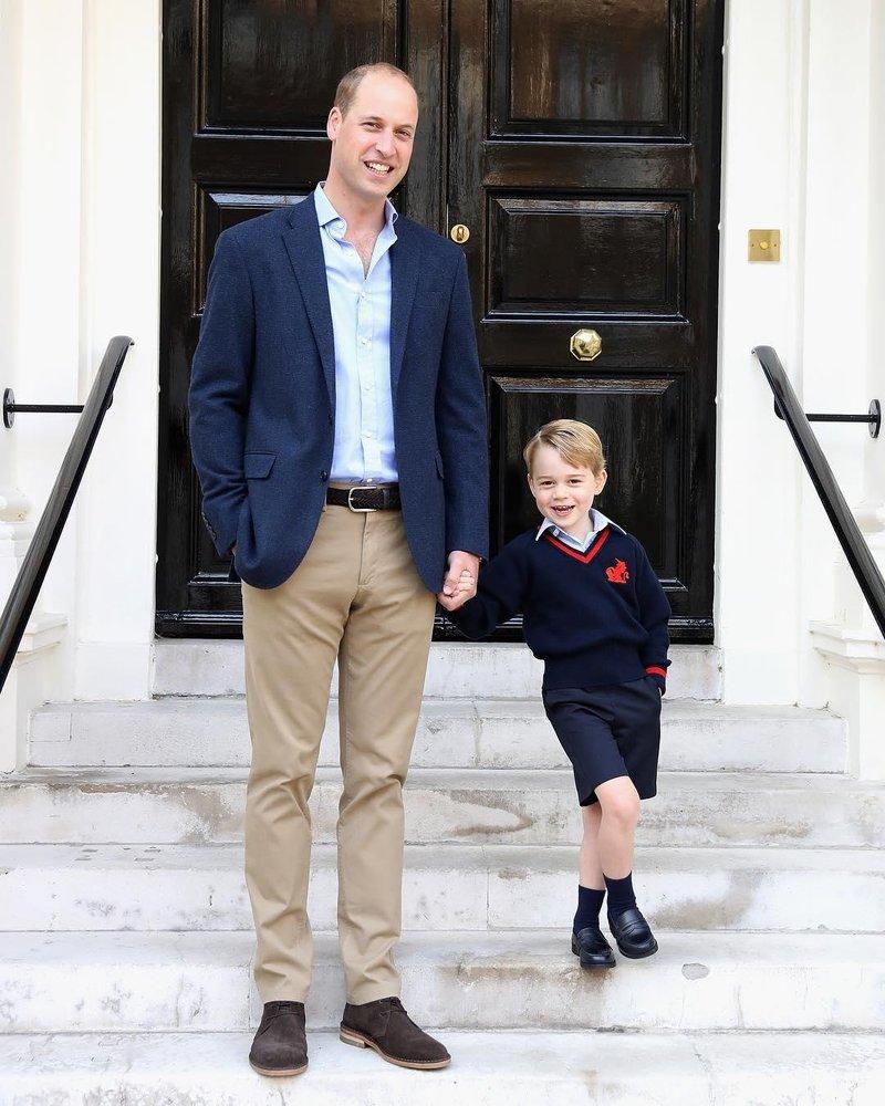 pangeran william george mengantar sekolah