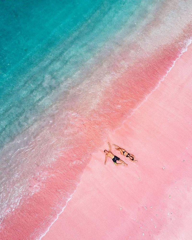 pantai pink-1.jpg