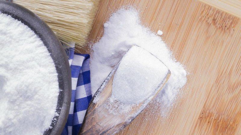 pemutih gigi baking soda