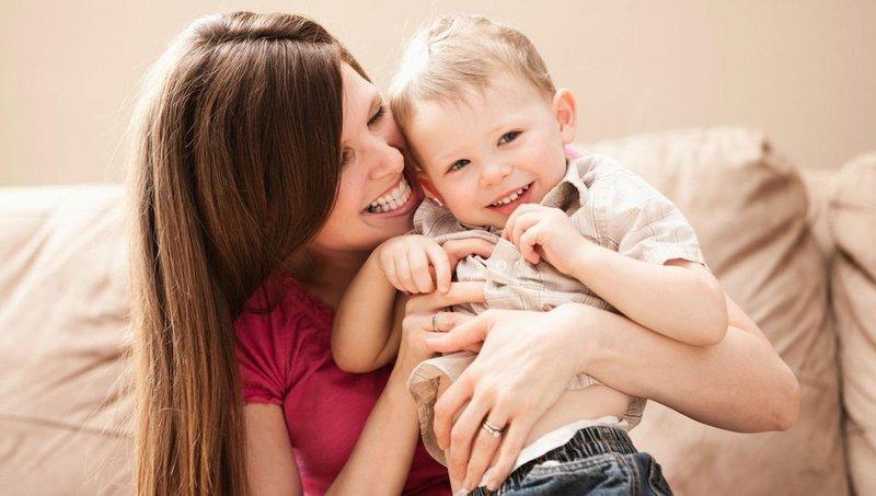 pengaruh sentuhan penuh kasih sayang bagi perkembangan balita 2