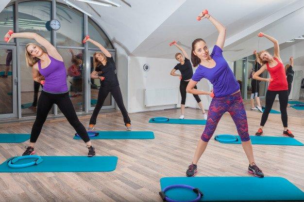 Rutin aerobik membantu mengecilkan perut